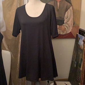 LuLaRoe solid black top large